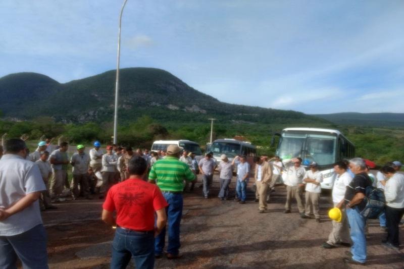 Trabalhadores da fábrica de cimento de Ituaçu voltam a paralisar suas atividades